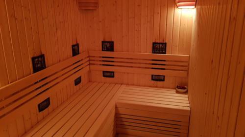 Sauna IR z promiennikami magnezowymi
